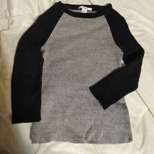 Small cropped Junior sweater